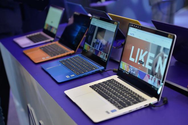 Dòng laptop mới đa sắc màu với họa tiết thời trang ở mặt lưng, pin 10 tiếng - 1