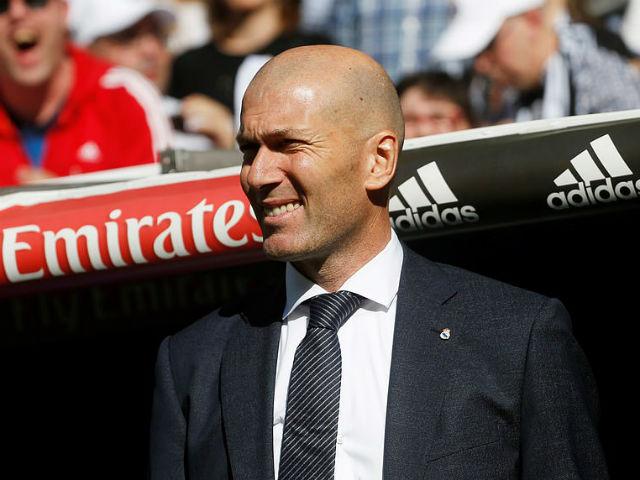 """Real thắng tưng bừng: Vì sao Zidane """"trảm"""" Courtois dùng 3 đệ ruột?"""