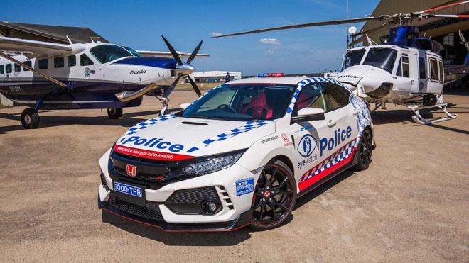 """Lực lượng cảnh sát Úc được trang bị """"xế đua"""" Honda Civic Type R - 1"""