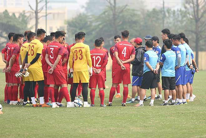 U23 Việt Nam đấu giải U23 châu Á: HLV Park Hang Seo loại 5 cái tên là ai? - 1