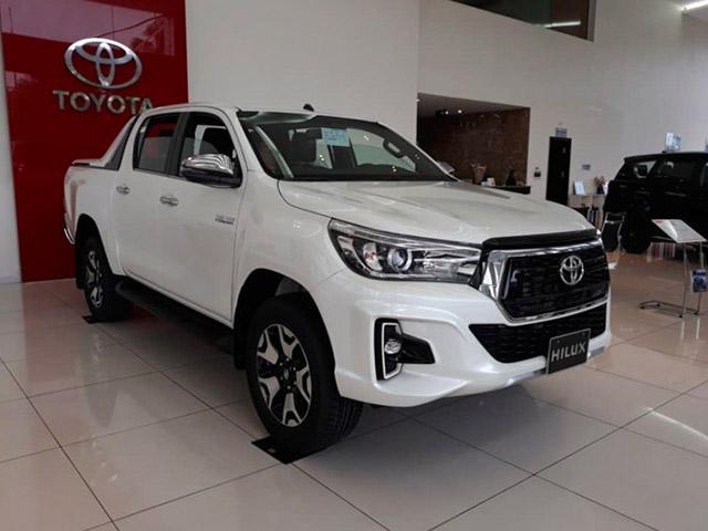 Giá lăn bánh xe bán tải Toyota Hilux 2019 - Cơ hội mua xe Toyota ưu đãi khủng