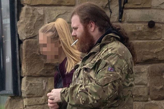 25 vạn cô gái Anh bị yêu cầu quan hệ tình dục để được thuê nhà miễn phí - 1