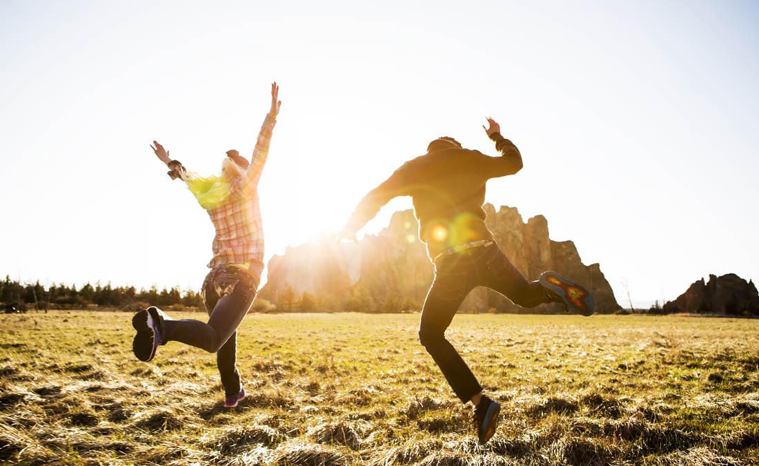 Việt Nam tăng bậc trong bảng xếp hạng hạnh phúc nhất thế giới - 1