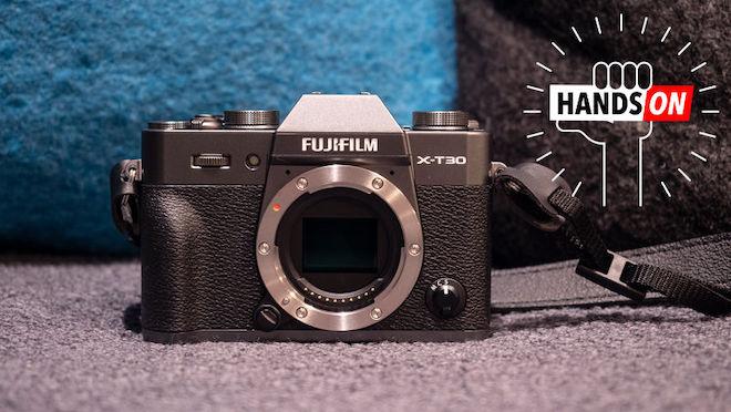 """""""Gã khổng lồ tí hon"""" Fujifilm X-T30 chính thức xuất hiện, giá 22 triệu đồng - 1"""