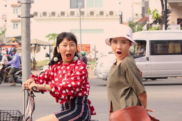 """Trang Hí nghi ngờ """"hot girl trà sữa"""" chơi ngải mình trong lúc đóng phim - 1"""