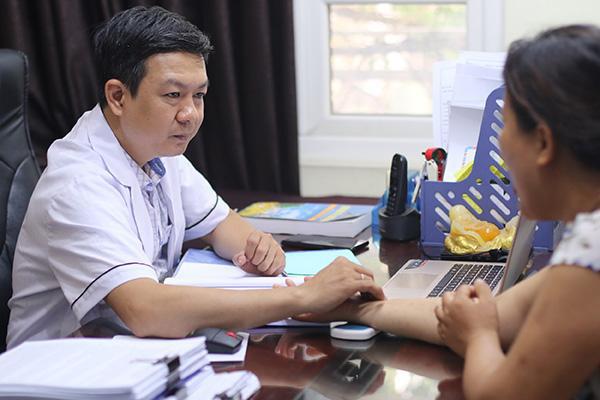 Thầy thuốc Đỗ Minh Tuấn chia sẻ lợi ích khi chữa bệnh bằng thuốc Nam - 1