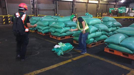 """Bộ Công an phối hợp với cảnh sát Philippines chặt đứt đường dây ma tuý đá """"khủng"""" - 1"""