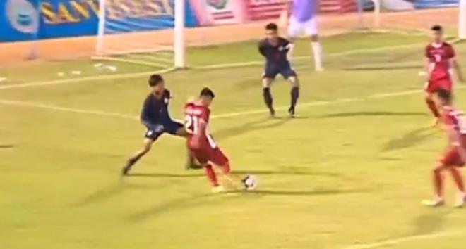U19 Việt Nam - U19 Thái Lan: Đôi công hấp dẫn, xà ngang cứu thua - 1