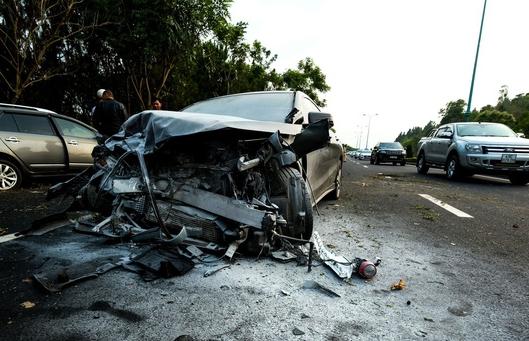 Khởi tố tài xế uống rượu, lái xe tông chết 2 người trên đường cao tốc - 1