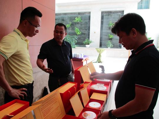 Mua yến sào Việt Nam, thương lái Trung Quốc bán lại với giá gấp 10 lần - 1