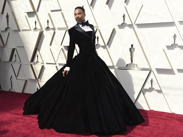 Năm 2019: Đàn ông mặc váy mới là mốt?