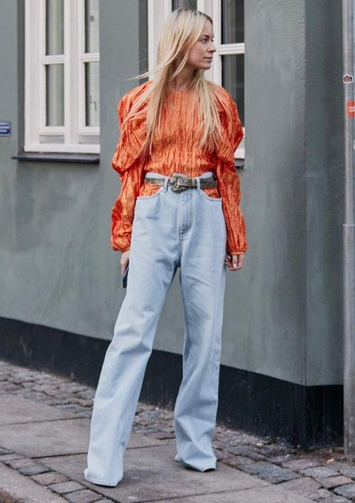 Đố ai dám liều mặc chiếc quần jean cũn cỡn như quần chip - 1