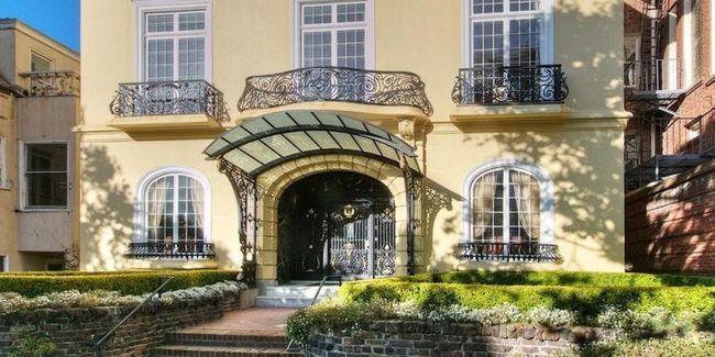 Dinh thự tại San Francisco, Hoa Kỳ - 28.5 triệu USD (khoảng 660 tỷ đồng). Đây là biệt thự mang phong cách Italia đầy sang trọng.