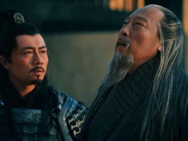 How are the descendants of Zhuge in the hands of Zimim Yi?