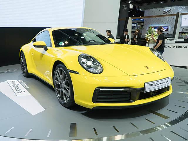 Ảnh thực tế Porsche 911 thế hệ mới vừa ra mắt Đông Nam Á