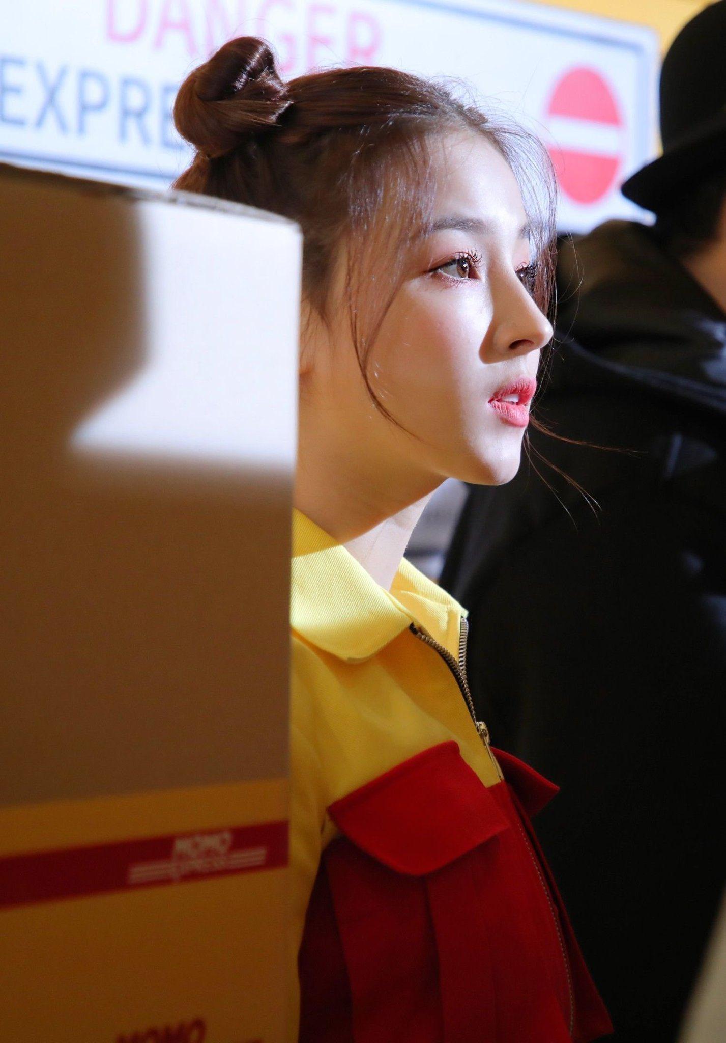 """Body hiện tại của """"thiên thần lai đẹp nhất xứ Hàn"""" bị khán giả Việt chê như đuông dừa - 1"""