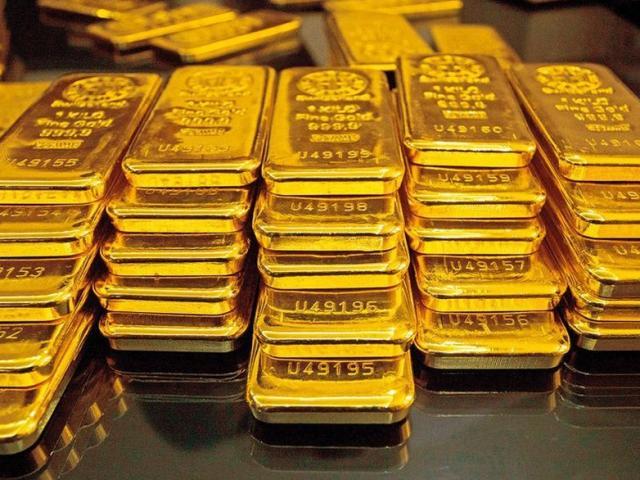 Giá vàng hôm nay 2/1: Vững vàng trên đỉnh
