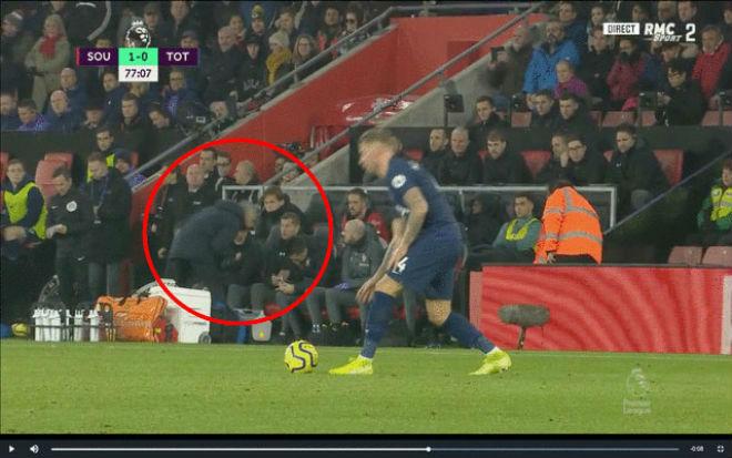 """Mourinho 5 lần thô lỗ gây sốc: """"Miệt thị"""" Ronaldo & móc mắt ở Siêu kinh điển - 1"""
