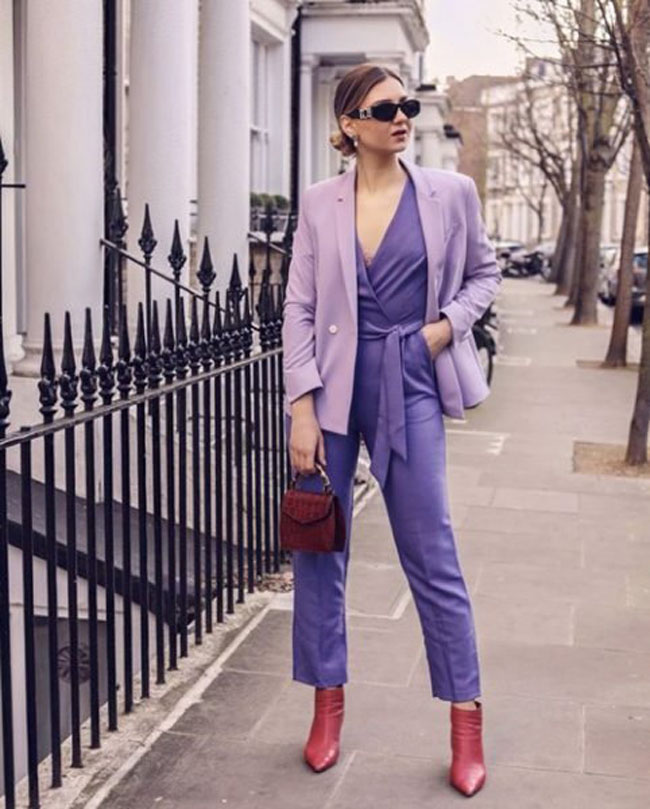 Người người đang mặc trang phục màu tím đẹp thế này, còn bạn thì sao? - 1