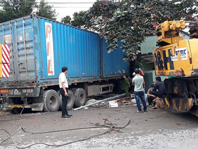 """CSGT ra quân xử phạt """"ma men"""", số vụ tai nạn giao thông có giảm?"""