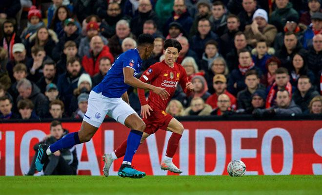 Video highlight trận Liverpool - Everton: Người nhện xuất sắc, bước ngoặt siêu phẩm - 1