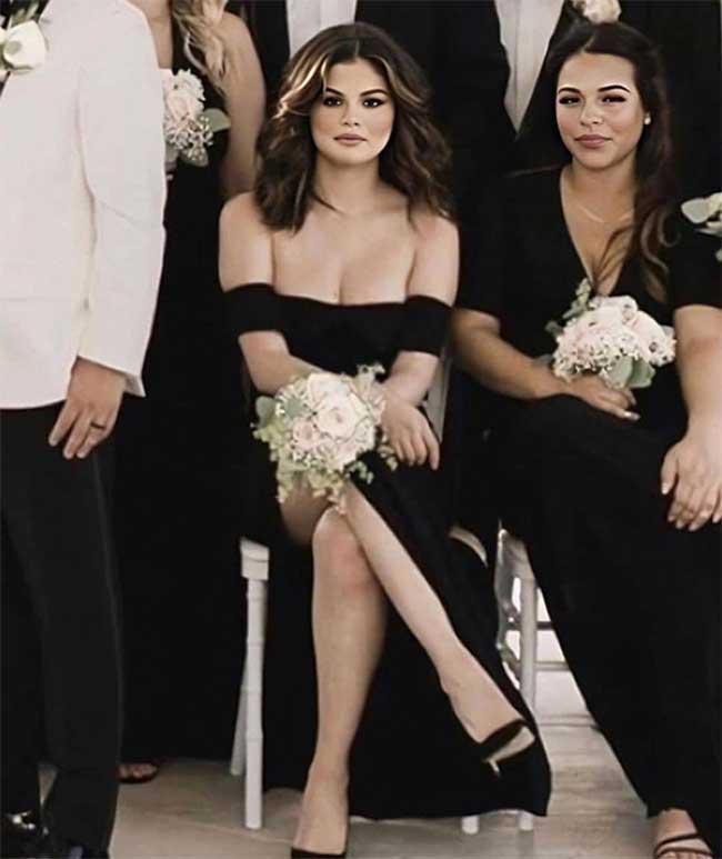Selena Gomez diện váy trễ gần nửa ngực, rất quyến rũ và thu hút.