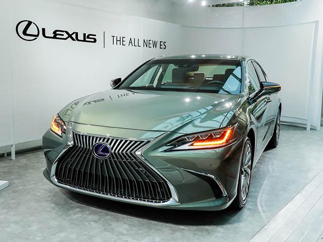 Lexus Việt Nam giới thiệu LS 500h SE, giá 7,83 tỷ đồng