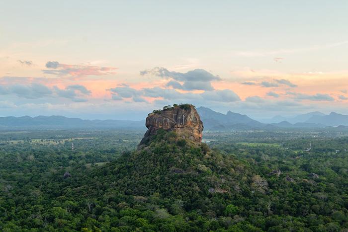 Nhìn cảnh đẹp thế này, đừng để bản thân phải nuối tiếc không đến Sri Lanka một lần trong đời - 1
