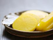 Cách làm củ cải ngâm kiểu Hàn giòn rụm chua ngọt, ăn kèm bánh chưng đảm bảo ngon hết xảy