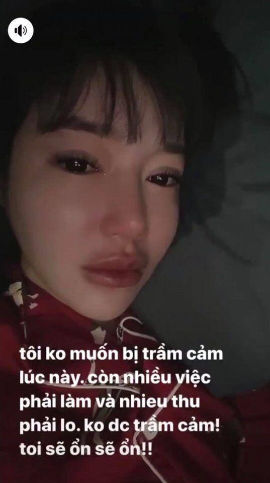 """Hành động """"lạ"""" của Elly Trần giữa nghi vấn bị chồng """"cắm sừng"""" - 1"""