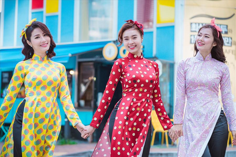 Những màu sắc thời trang thường được người Việt chọn trong dịp Tết - 2