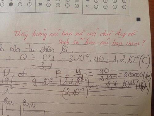 """Làm bài kiểm tra chữ xấu hơn gà bới, nữ sinh nhận lời phê """"bá đạo"""" từ thầy giáo - 1"""