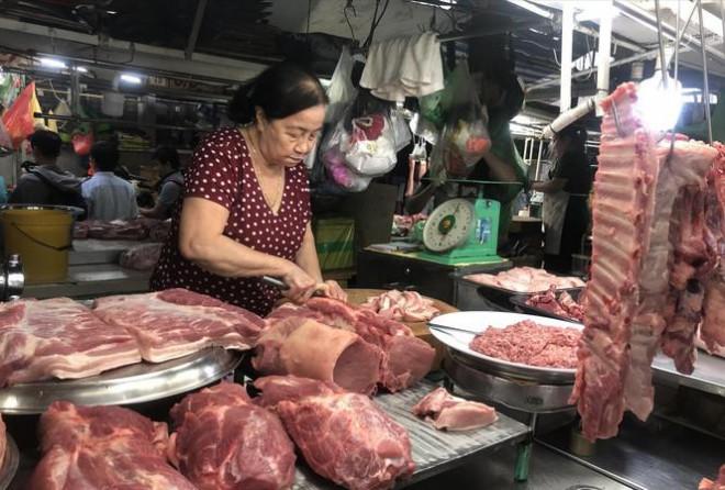"""""""Đỏ mắt"""" tìm mua thịt heo nhập khẩu - 1"""