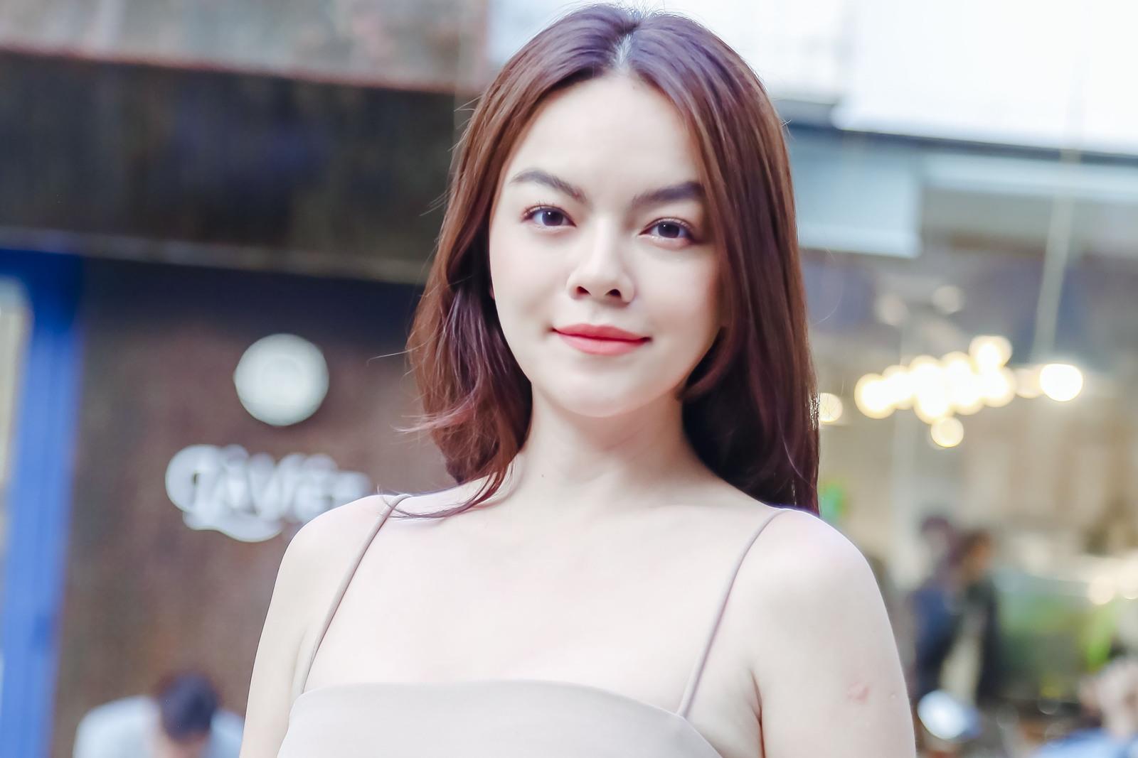"""Phạm Quỳnh Anh: """"Dùng tiền mua nhà còn hơn mua túi hàng hiệu rồi cũng vứt đi"""" - 5"""