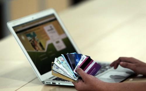Nóng tuần qua: Lưu ý những hành vi lừa đảo qua giao dịch điện tử ngân hàng dịp Tết - 1