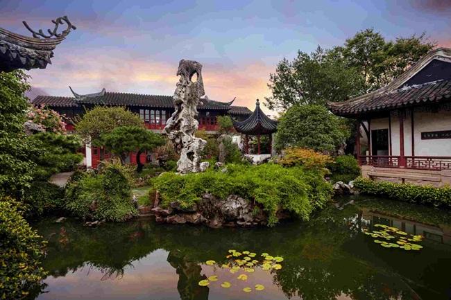 Giang Tô là tỉnh giàu có ở Trung Quốc. Đây là tỉnh có nền kinh tế lớn thứ hai trong số các tỉnh ở Trung Quốc sau tỉnh Quảng Đông.