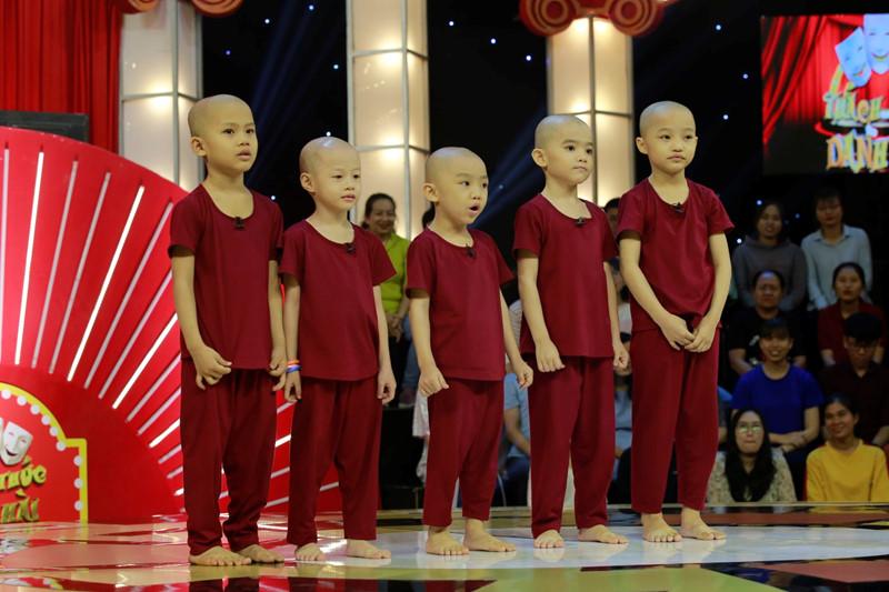 """Nghi vấn 5 chú tiểu Bồng Lai bị cắt sóng tại """"Thách thức danh hài"""" - 1"""