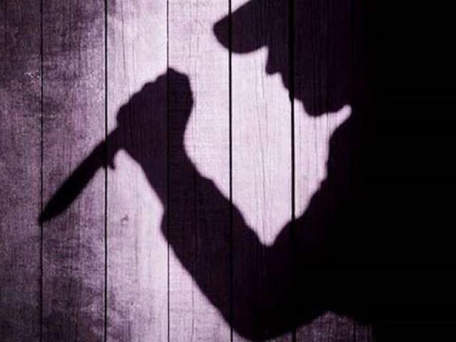 Mang dao tìm giết người yêu vì đòi chia tay