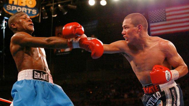 Tái xuất vĩ đại nhất boxing: Võ sĩ 2 lần xưng vương, khiến Mayweather khốn đốn - 1