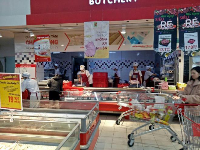 Thịt lợn nhập khẩu giá 30.000 - 35.000 đồng/kg đang bán ở đâu? - 1