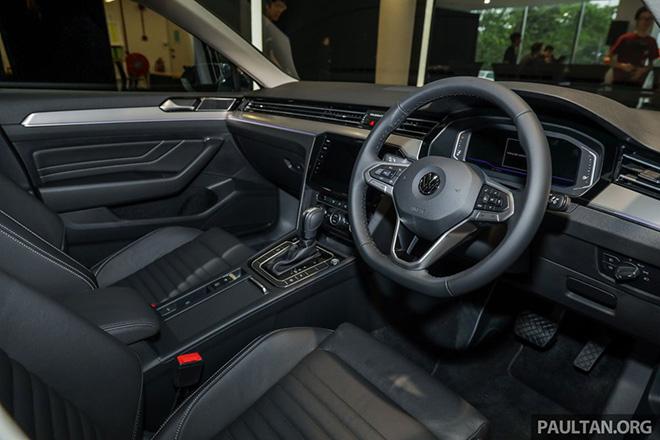 Volkswagen Passat 2020 ra mắt với duy nhất một phiên bản, giá từ 1,072 tỷ đồng - 6