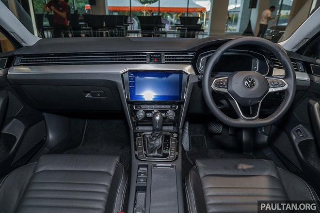 Volkswagen Passat 2020 ra mắt với duy nhất một phiên bản, giá từ 1,072 tỷ đồng - 4