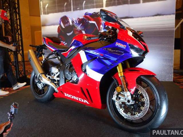 Siêu mô tô 2020 Honda CBR1000RR-R SP ra mắt, đắt ngang Toyota Camry