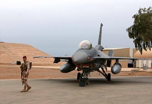 """Quân đội Mỹ """"hết hồn"""" không dám quay trở lại căn cứ bị tên lửa Iran tấn công - 1"""