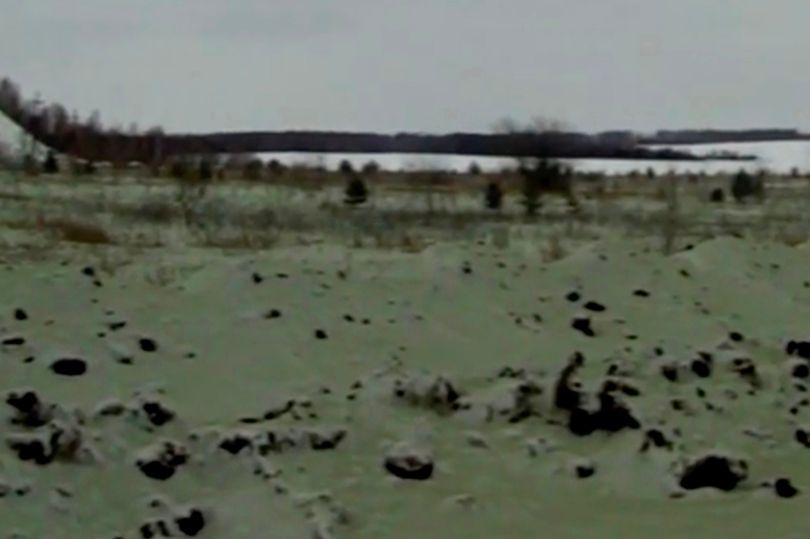 """""""Tuyết xanh"""" xuất hiện ở thành phố Nga từng có thiên thạch phát nổ khiến người dân hoang mang - 1"""