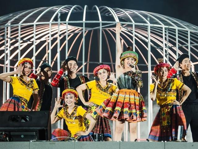 Dấu ấn phượng hoàng – đêm nhạc tôn vinh phụ nữ của Matxi Corp - 1