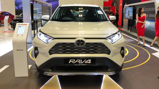 Ngắm Toyota RAV4 tại thị trường Singapore, có giá bán 2,27 tỷ đồng - 2