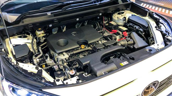 Ngắm Toyota RAV4 tại thị trường Singapore, có giá bán 2,27 tỷ đồng - 11