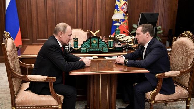 Đằng sau việc đồng minh thân cận nhất của ông Putin suốt 30 năm đột ngột từ chức - 1