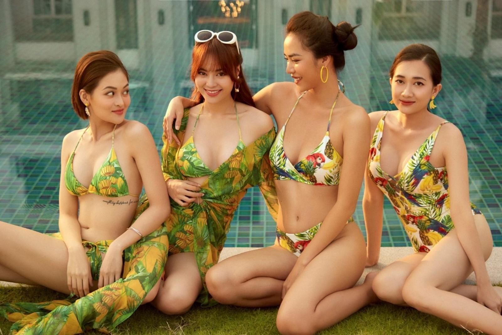 """Lan Ngọc cùng hội bạn thân diện bikini nóng bỏng, gây """"náo loạn"""" biệt phủ xứ Huế - 17"""